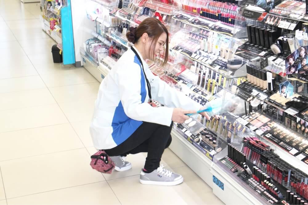 医薬品登録販売者 ( / 2018年入社)